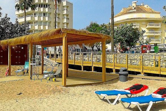 Playa de na Marins en Cala Bona, punto de accesibilidad Universal