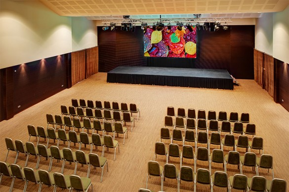 Gran pantalla led en Protur Biomar Gran hotel & Spa, Sa Coma - Mallorca