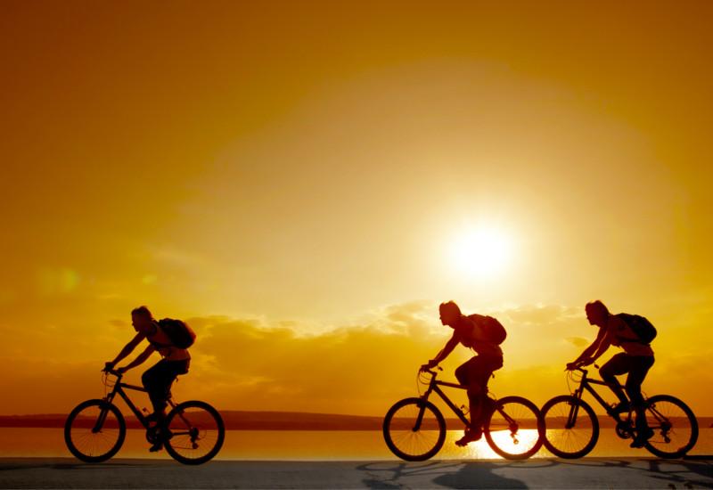 cyclotouriste-cyclist-Fahrradtouristen-велосипедиста-cicloturista