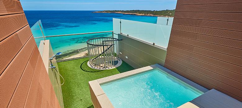 Protur Playa Cala Millor Hotel, habitación Doble Duplex