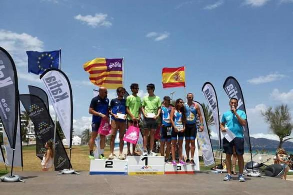 campeones-triathlon-totaltrimallorca-cala-millor-2017